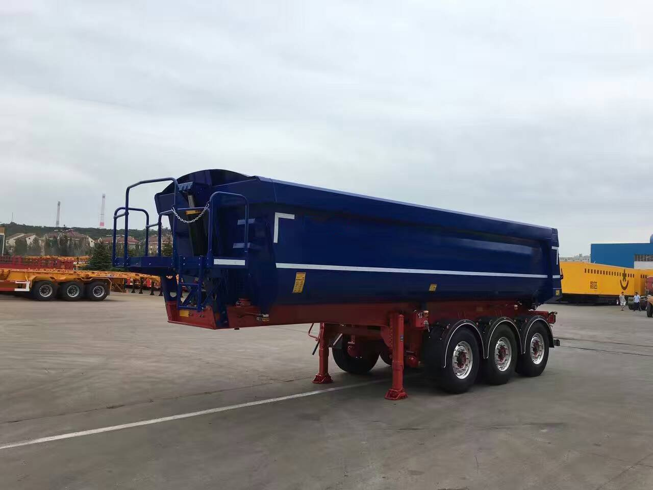 3 Axles 30 CBM U type hydraulic Dump Semi-trailer for sand and rocks