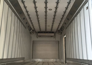 Meat Carcass Hook Refrigerated Truck Body with All - Closed FRP/GRP Sandwich Panel Kits Hook Slide Channel,Frozen Truck Body